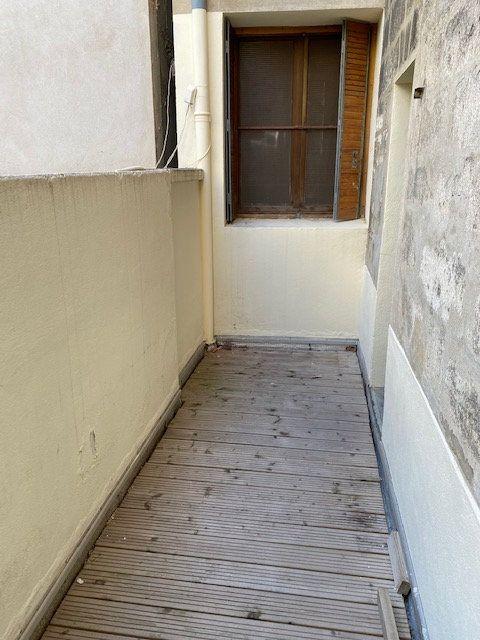Appartement à louer 3 74m2 à Avignon vignette-7