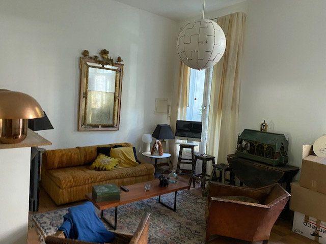 Appartement à louer 2 37.9m2 à Avignon vignette-2