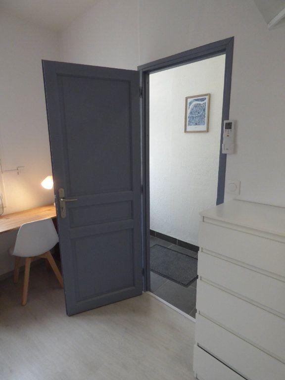 Appartement à louer 1 10m2 à Avignon vignette-4