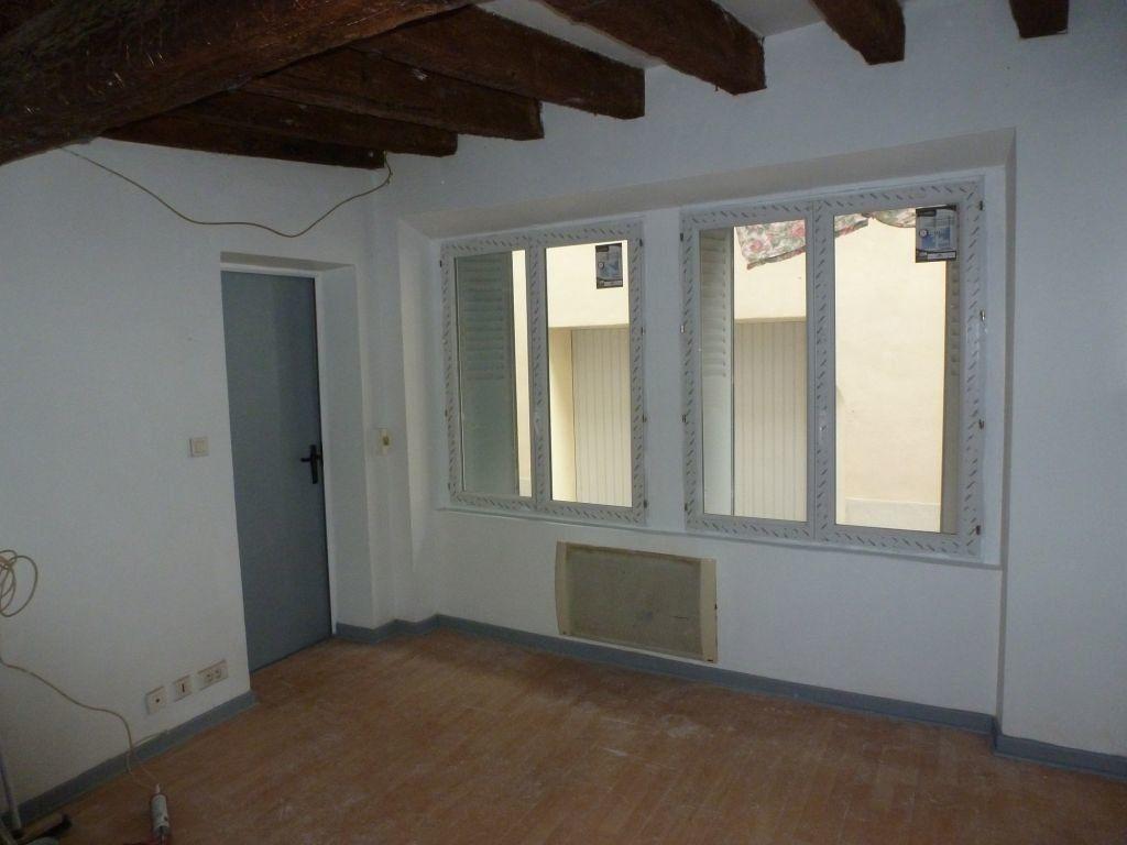 Appartement à louer 1 18.7m2 à Avignon vignette-1