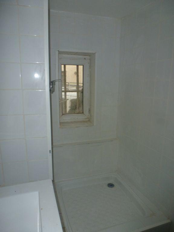Appartement à louer 1 18.7m2 à Avignon vignette-3