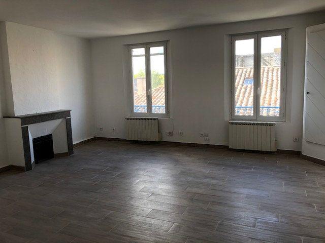 Appartement à louer 2 54.38m2 à Avignon vignette-1