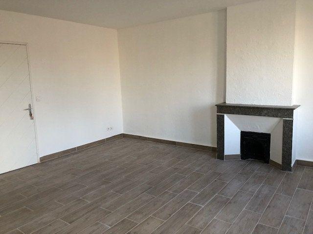 Appartement à louer 2 54.38m2 à Avignon vignette-2