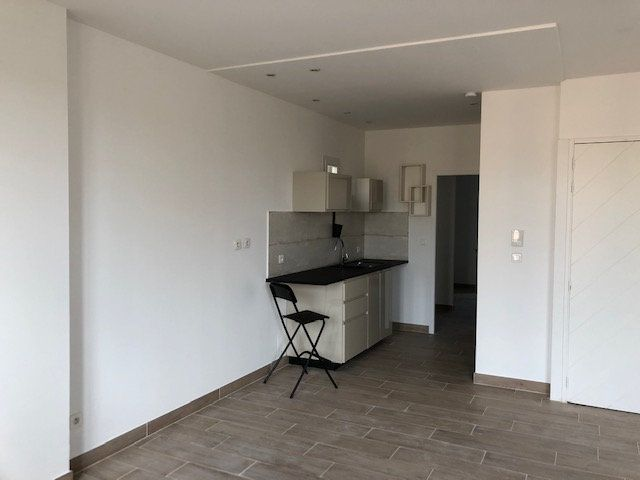 Appartement à louer 2 54.38m2 à Avignon vignette-7