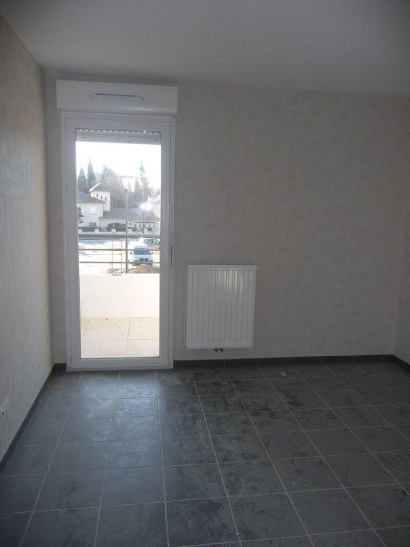 Appartement à louer 2 40.5m2 à Avignon vignette-5