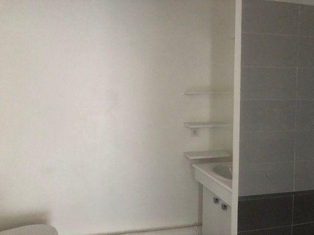 Appartement à louer 2 40.5m2 à Avignon vignette-8