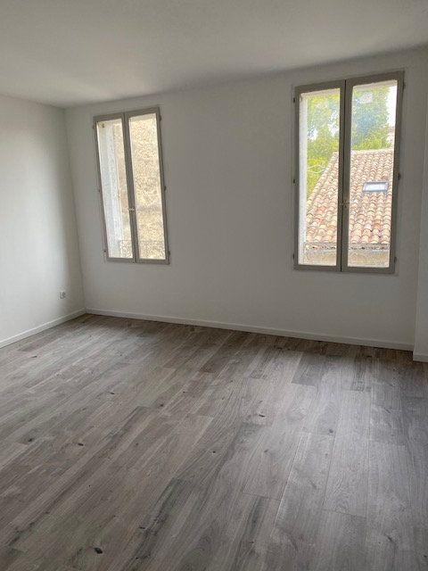 Appartement à louer 1 29.41m2 à Avignon vignette-2