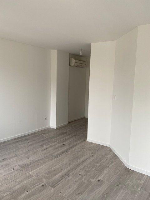 Appartement à louer 1 29.41m2 à Avignon vignette-3