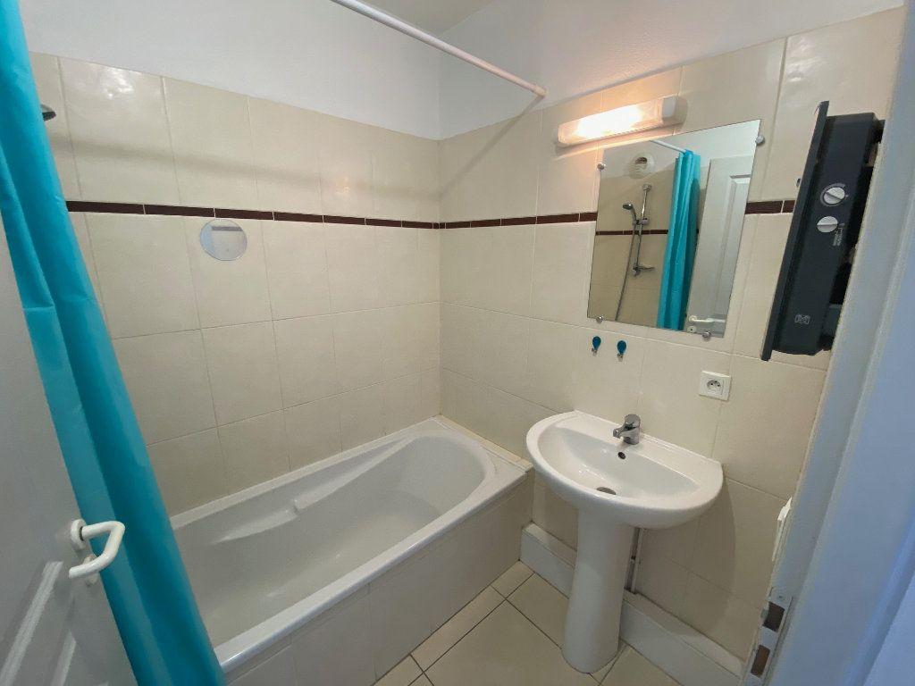 Appartement à louer 2 38m2 à Perpignan vignette-4