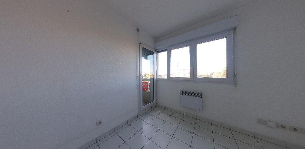 Appartement à louer 1 25.25m2 à Perpignan vignette-4