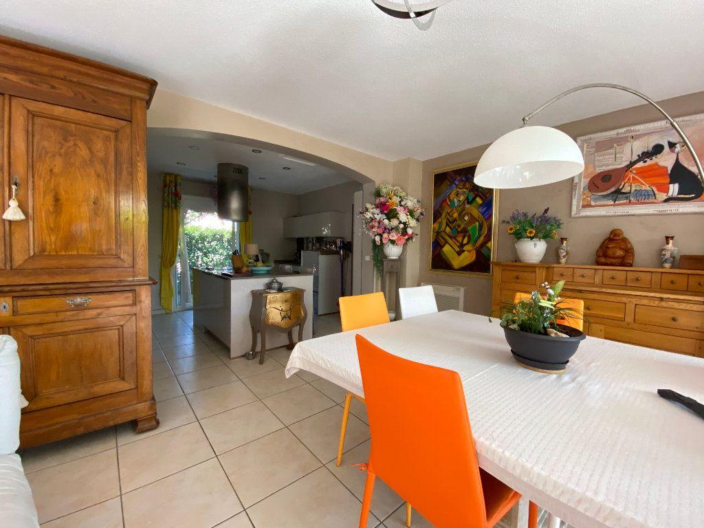 Maison à vendre 5 120m2 à Perpignan vignette-6