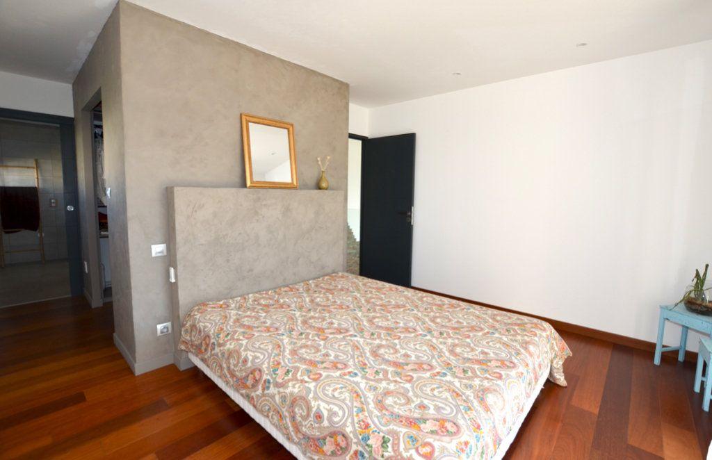 Maison à vendre 5 165m2 à Perpignan vignette-7
