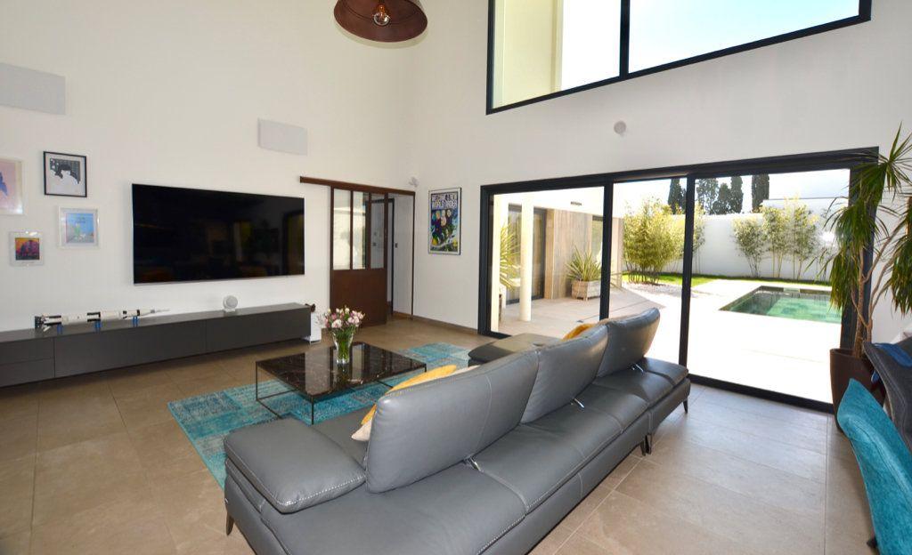 Maison à vendre 5 165m2 à Perpignan vignette-9