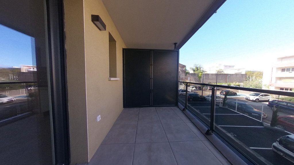 Appartement à louer 3 68m2 à Perpignan vignette-5