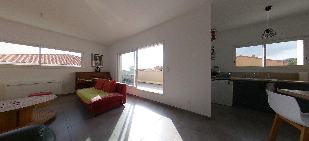 Appartement à louer 4 98m2 à Cabestany vignette-1