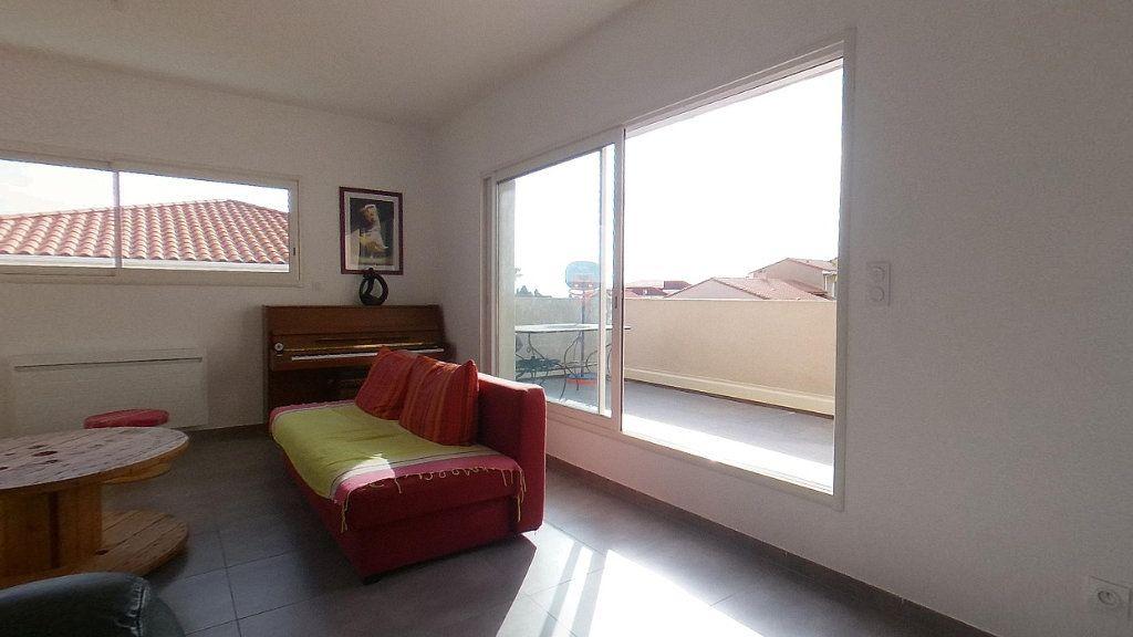 Appartement à louer 4 98m2 à Cabestany vignette-2