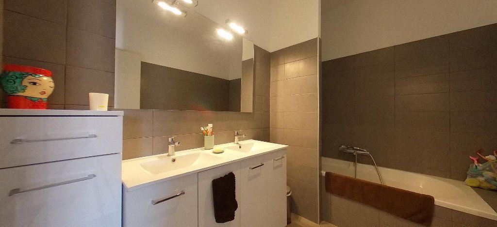 Appartement à louer 4 98m2 à Cabestany vignette-8