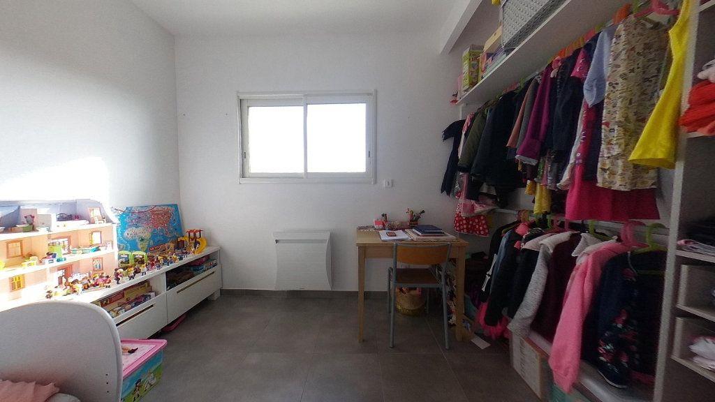 Appartement à louer 4 98m2 à Cabestany vignette-12