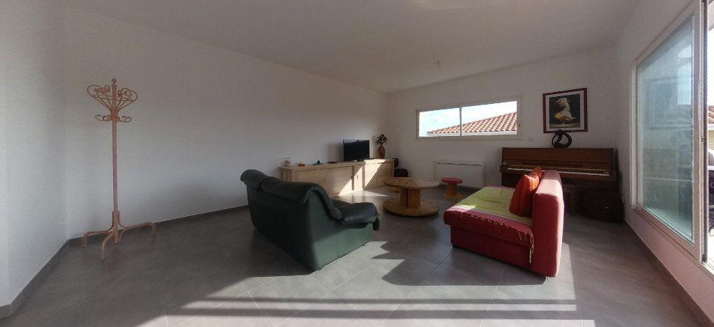 Appartement à louer 4 98m2 à Cabestany vignette-15