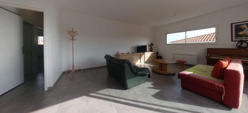 Appartement à louer 4 98m2 à Cabestany vignette-16