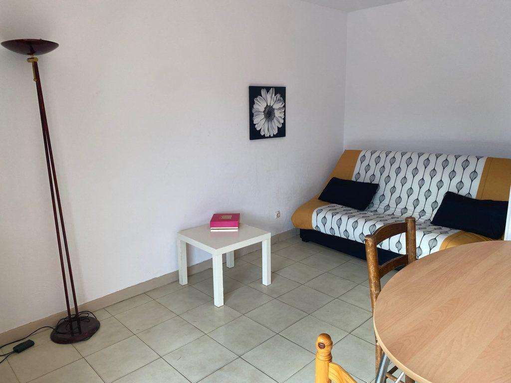 Appartement à vendre 1 20m2 à Canet-en-Roussillon vignette-1