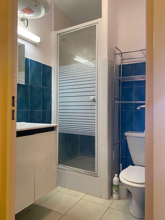 Appartement à vendre 1 20m2 à Canet-en-Roussillon vignette-4