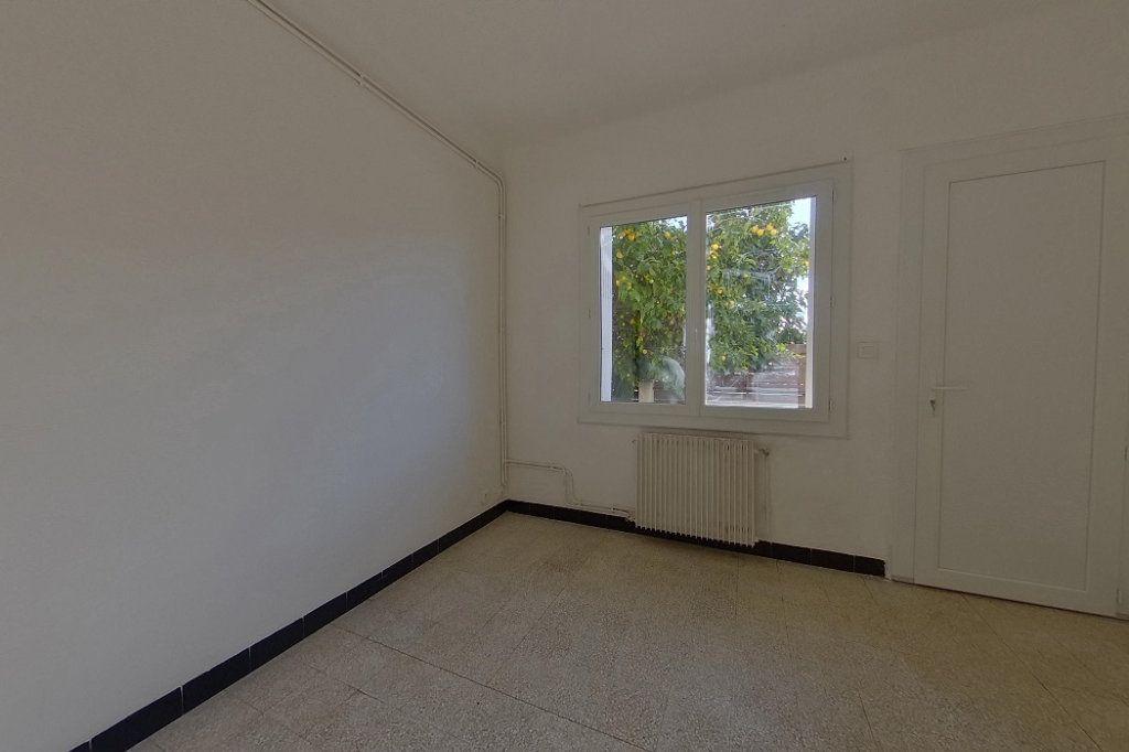 Appartement à louer 3 60m2 à Perpignan vignette-4