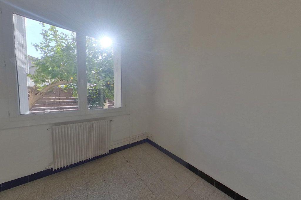 Appartement à louer 3 60m2 à Perpignan vignette-5