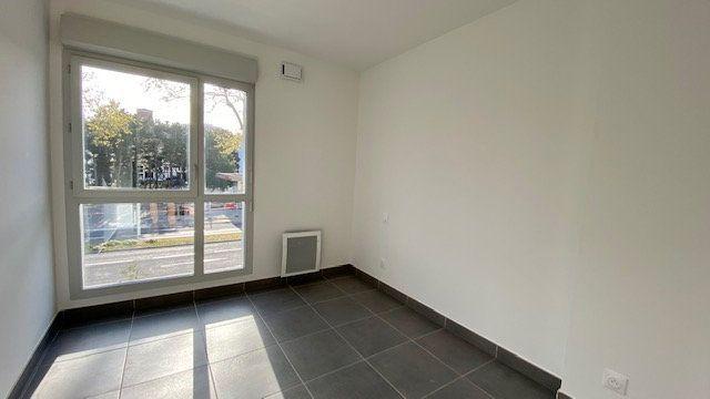Appartement à louer 3 64.2m2 à Perpignan vignette-3
