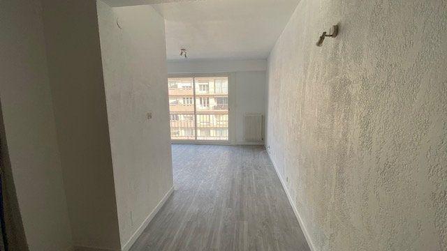 Appartement à louer 1 39m2 à Perpignan vignette-7