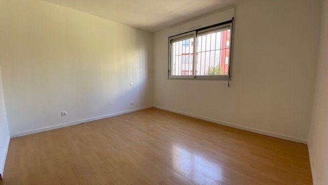 Appartement à louer 4 84m2 à Perpignan vignette-6