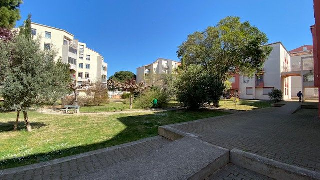 Appartement à louer 4 84m2 à Perpignan vignette-8