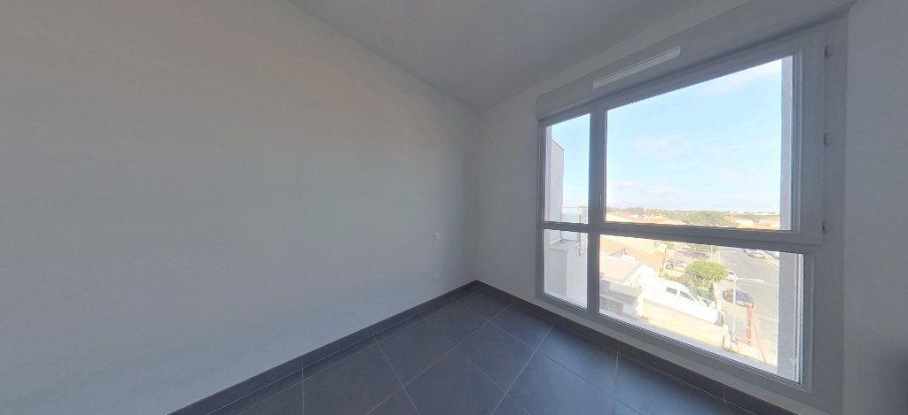 Appartement à louer 3 58.56m2 à Perpignan vignette-9
