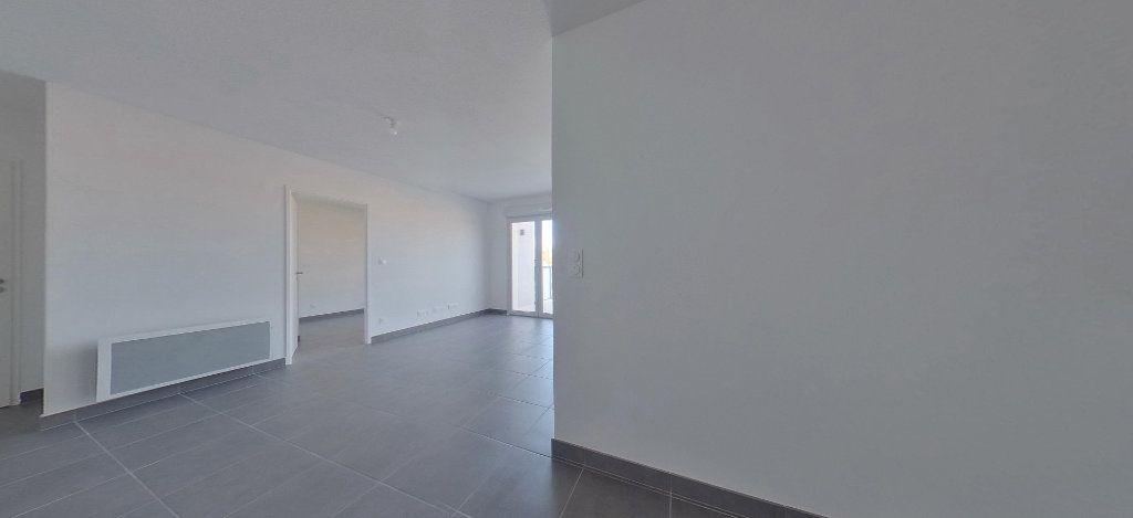 Appartement à louer 3 58.56m2 à Perpignan vignette-10