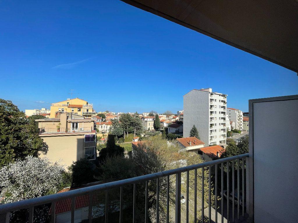 Appartement à vendre 3 70m2 à Perpignan vignette-8
