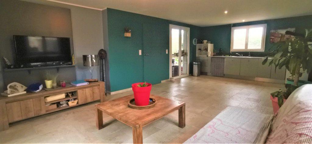 Maison à vendre 5 150m2 à Sainte-Marie vignette-3