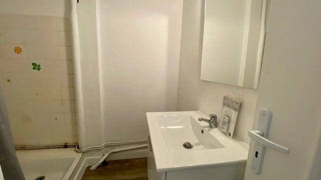 Appartement à louer 3 50m2 à Perpignan vignette-6