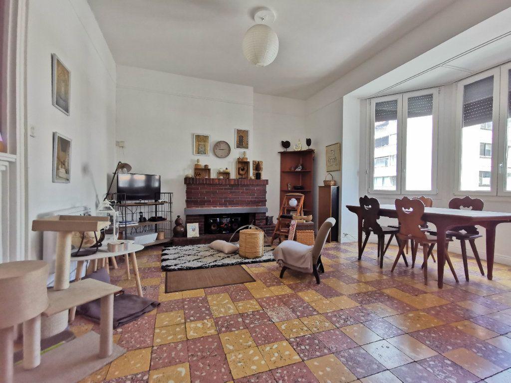 Appartement à vendre 4 88.02m2 à Perpignan vignette-1