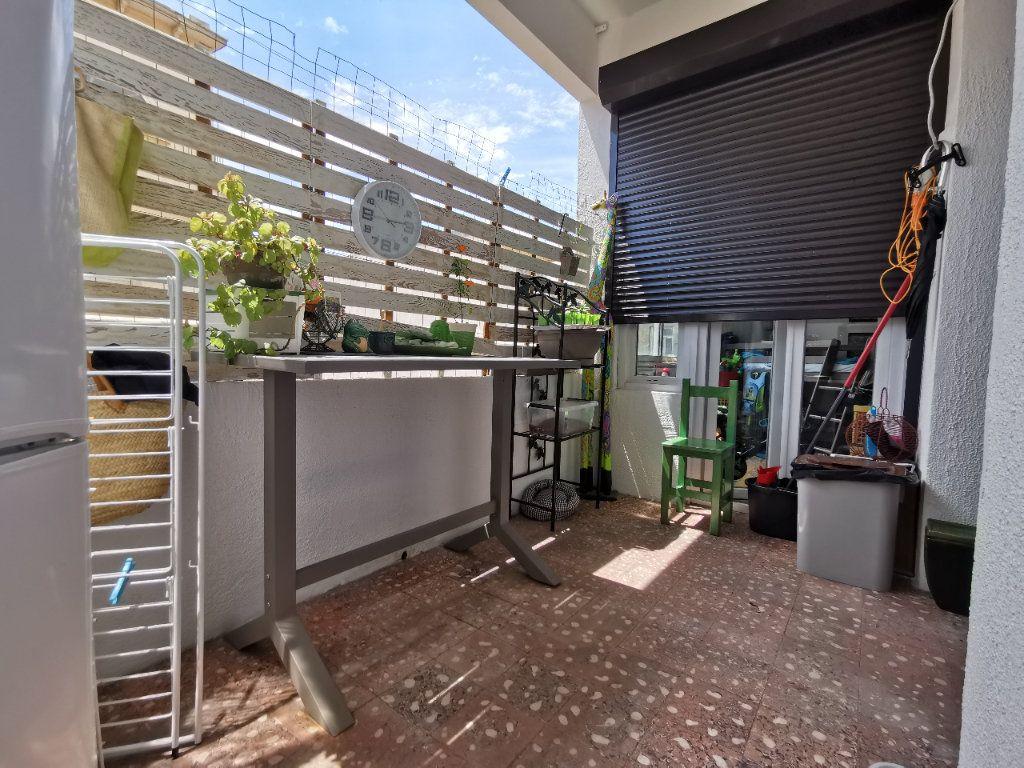 Appartement à vendre 4 88.02m2 à Perpignan vignette-3