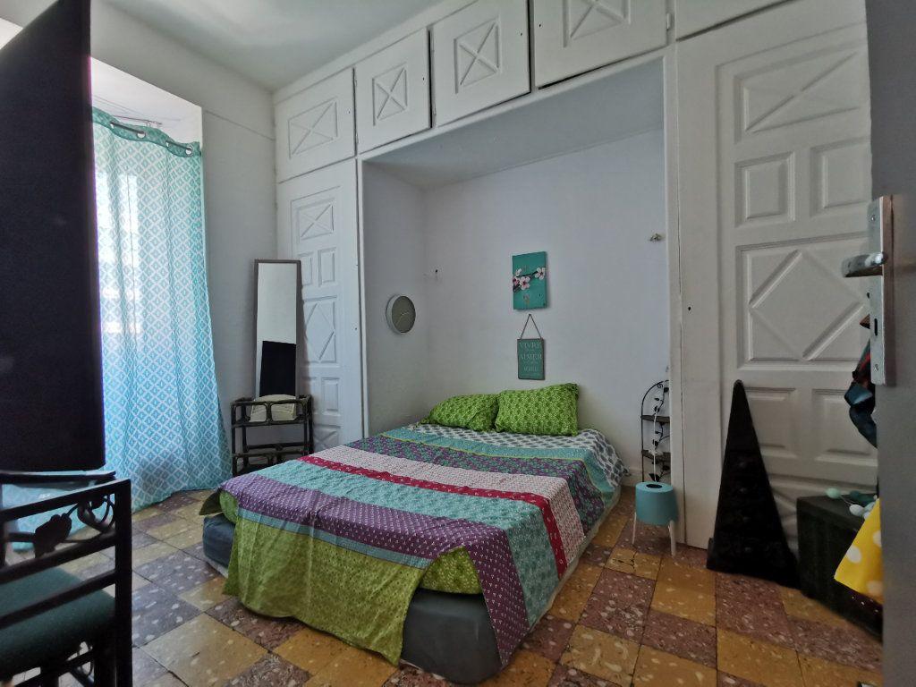 Appartement à vendre 4 88.02m2 à Perpignan vignette-4