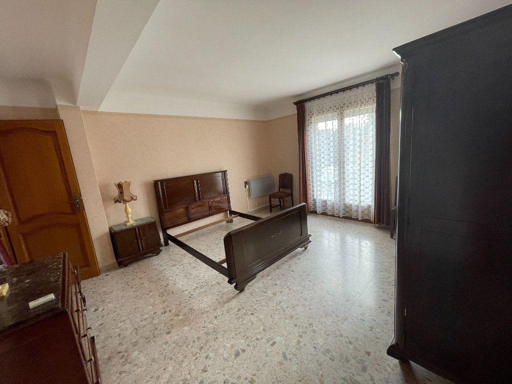 Maison à vendre 7 205m2 à Perpignan vignette-9