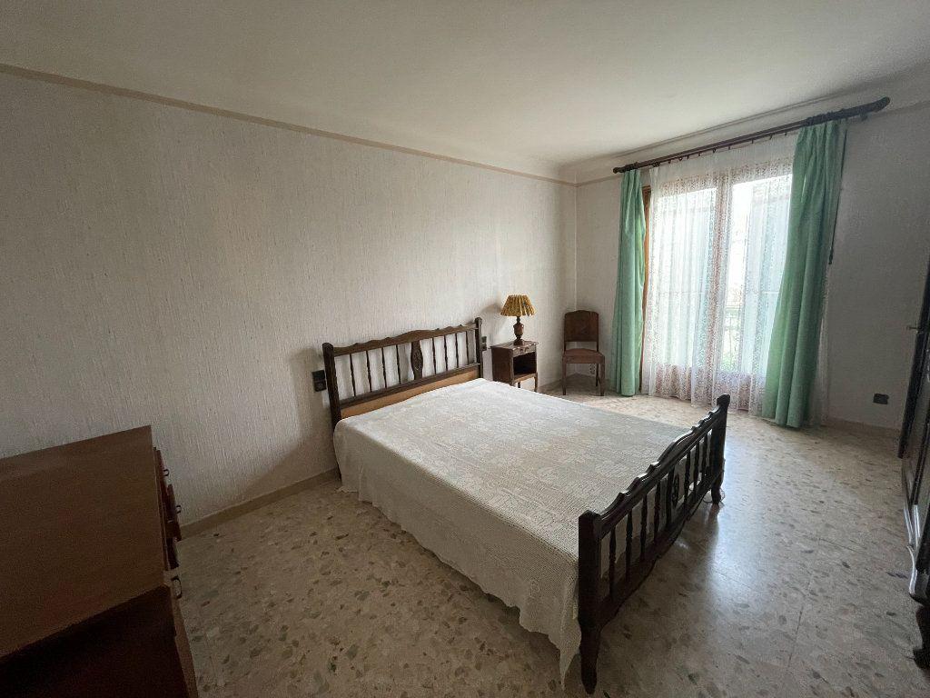 Maison à vendre 7 205m2 à Perpignan vignette-12