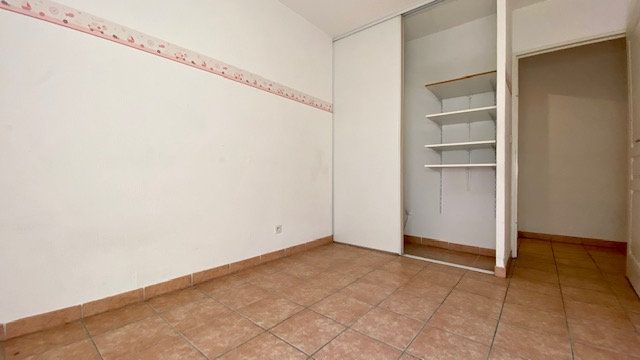 Appartement à louer 3 63m2 à Perpignan vignette-5
