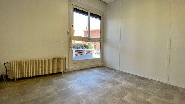 Appartement à louer 3 47m2 à Perpignan vignette-4
