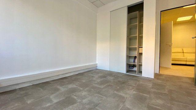 Appartement à louer 3 47m2 à Perpignan vignette-6