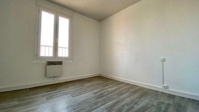 Appartement à louer 2 25m2 à Perpignan vignette-4