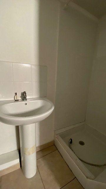Appartement à louer 2 25m2 à Perpignan vignette-6