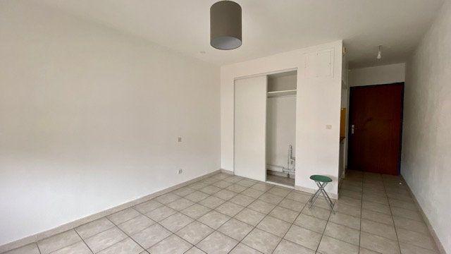 Appartement à louer 1 20m2 à Perpignan vignette-1