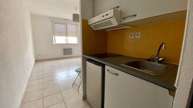 Appartement à louer 1 20m2 à Perpignan vignette-2