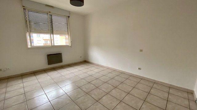 Appartement à louer 1 20m2 à Perpignan vignette-3